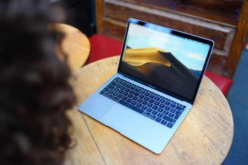 Test du MacBook Air Retina : le laptop iconique a-t-il encore une place dans la gamme Apple ?