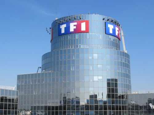 TF1 bloqué en partie sur Molotov, les SMS plus à la mode et Windows 10 devant Windows 7 - Tech'spresso