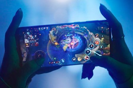 Riot Games fête les 10 ans de League of Legends et décline son univers sur mobile