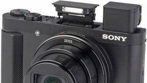 Black Friday - Le compact Sony DSC-HX90V en pack à 300 €